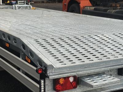 Zabudowy ciężarowe 21