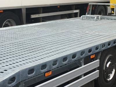 Zabudowy ciężarowe 22