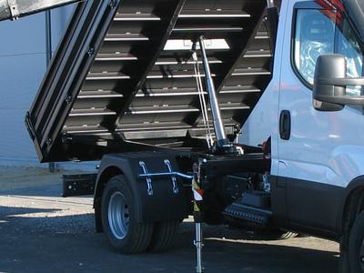 Zabudowy ciężarowe 47