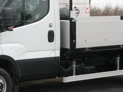 Zabudowy ciężarowe 67