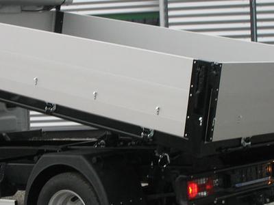 Zabudowy ciężarowe 70
