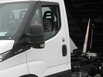 Zabudowy ciężarowe 72