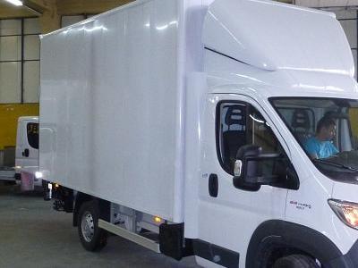 Zabudowy ciężarowe 90