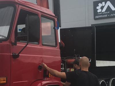 Zabudowy specjalne serwisowe w pojazdach 10