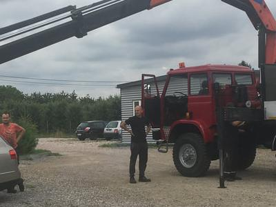 Zabudowy specjalne serwisowe w pojazdach 11