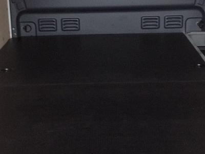 Zabudowy specjalne serwisowe w pojazdach 44