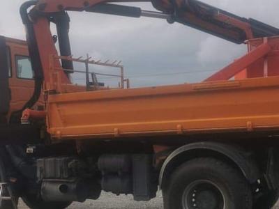 Zabudowy specjalne serwisowe w pojazdach 58
